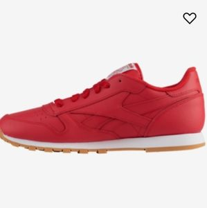 🆕 Reebok Classic Leather Sneakers